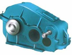 Cylindrical gear reducer structure